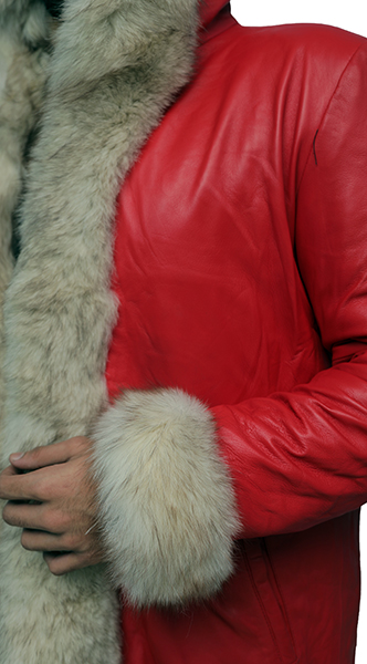 The Christmas Chronicles Kurt Russell Coat