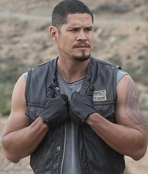 Ezekiel Reyes Vest
