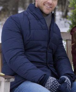 Elliot Winter Love Story Jacket