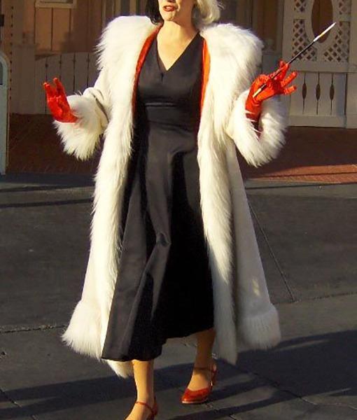 Emma Stone Cruella Coat