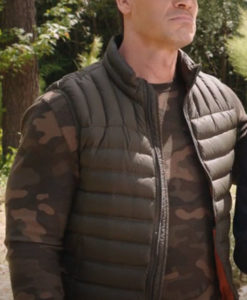 Ron Vacation Friends Puffer Vest